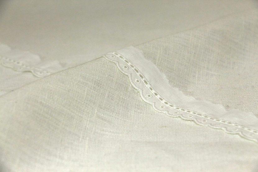 T057 branco bordado